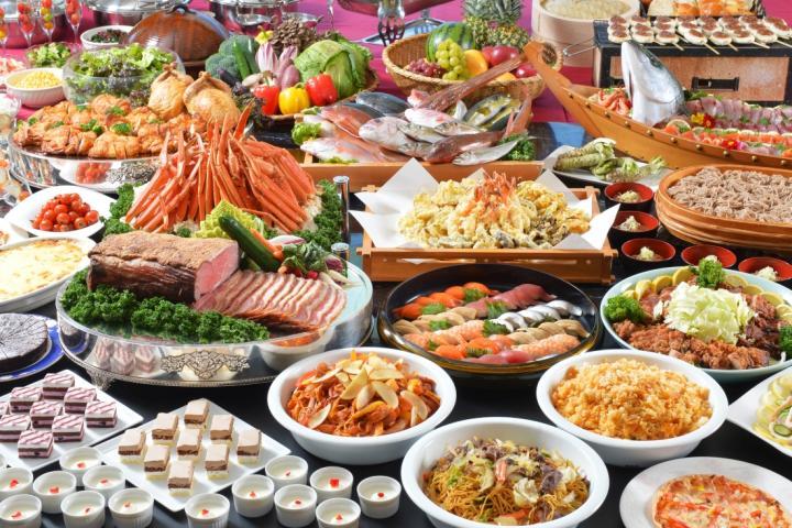 食べ放題&飲み放題♪60種類が大集合★ファミリーサマーバイキングプラン  2019