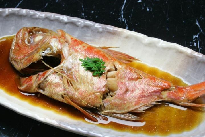 ☆伊豆の味覚「金目鯛の煮つけ」会席☆ ふっくらした身と絶妙な味付けが自慢の一品♪ 2017