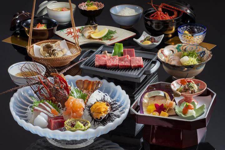 ◆【ハイグレード】2大味覚≪松阪牛石焼・伊勢海老のお造り≫でご当地食を堪能!  ~神楽懐石~  2020